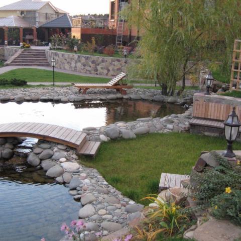 Ландшафтный дизайн, сообщающиеся садовые пруды