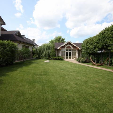Партерный газон, озеленение