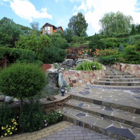 Ландшафтный дизайн, сад с большим перепадом высот