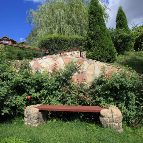Ландшафтный дизайн, скамейка в саду