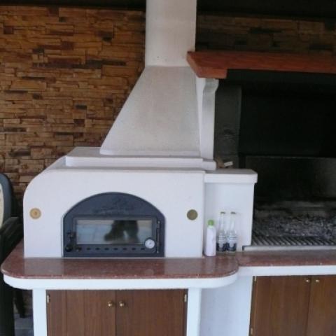 Стационарное итальянское барбекю, мангал, печь для пиццы