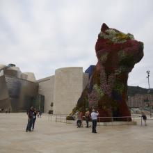 Авангардная инсталляция Бильбао