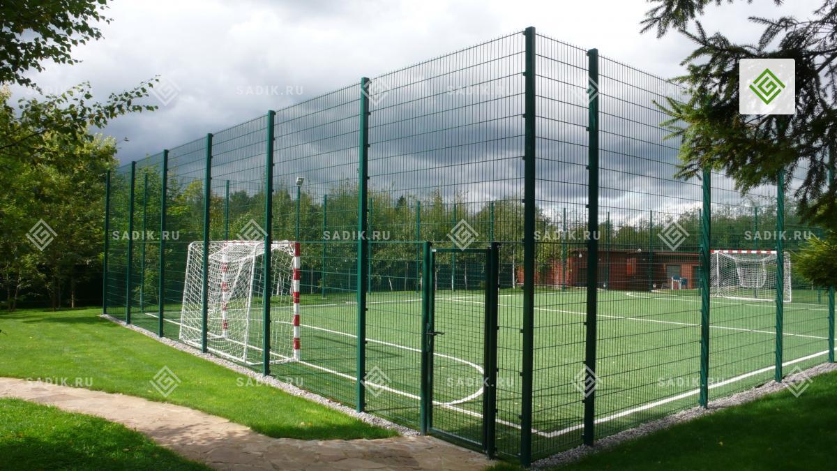 Спортивная площадка на загородном участке