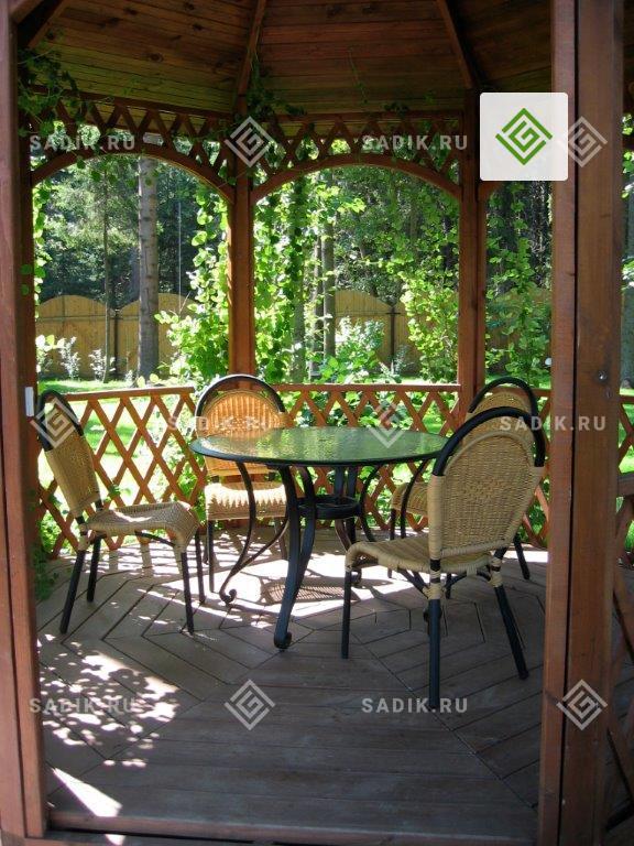 Беседка и садовая мебель