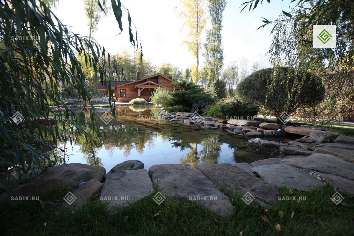 Ландшафтный дизайн приусадебного участка с прудом