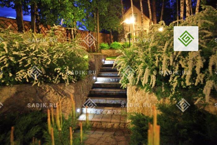 Ночное садовое освещение на участке