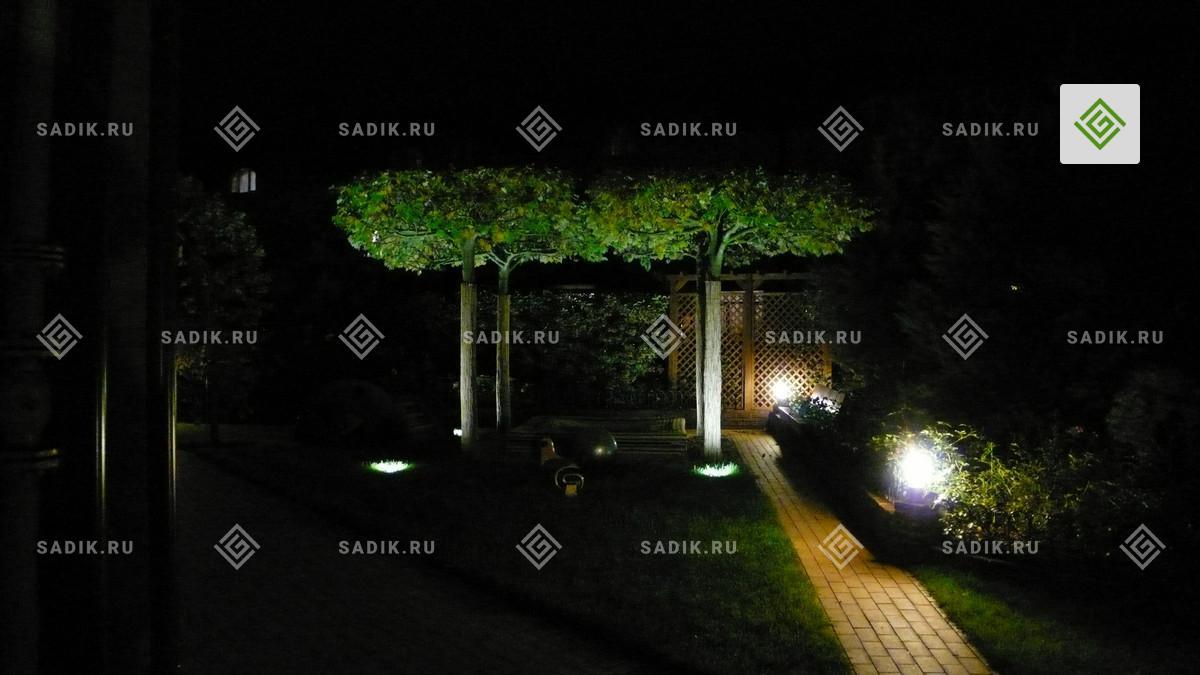 Ночное освещение садовой дорожки