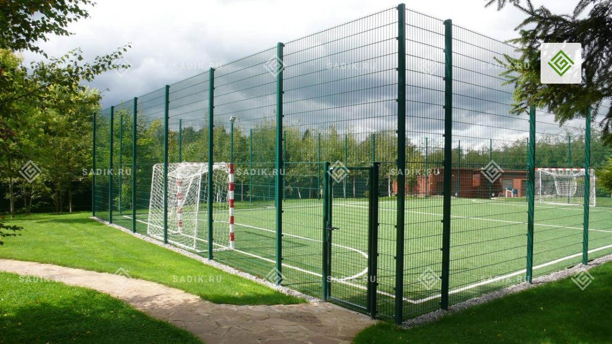 Современные универсальные спортивные площадки для дачи